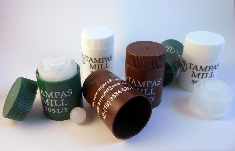 Tampa plástica para garrafa de cachaça